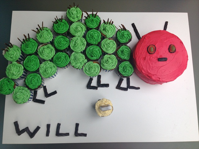 A very hungry caterpillar cake happy 1st birthday will sciox Image collections