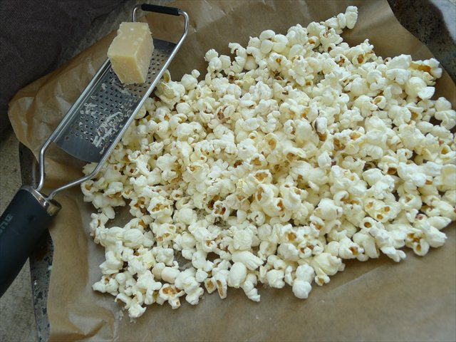popcorn with i add the parmesan right away truffle 3 png black truffle ...